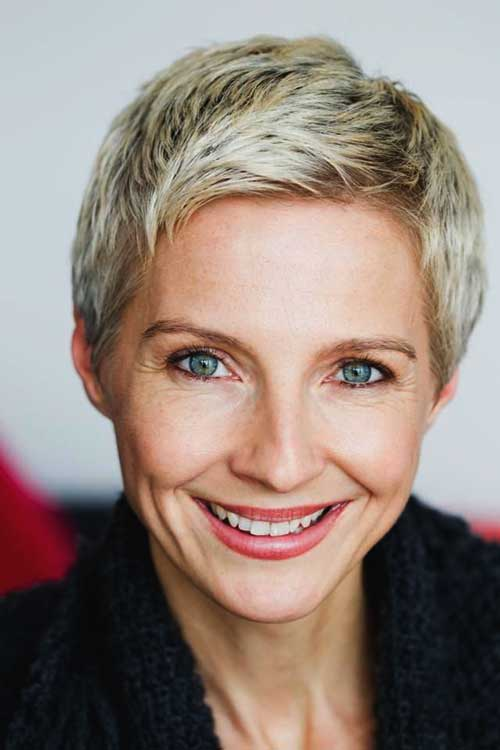 Layered Pixie Cuts Ideas for Over 50