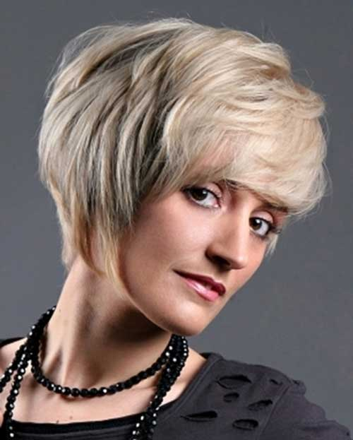 Long Pixie Haircuts Ideas for Older Ladies