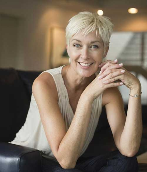 Pixie Blonde Hairstyles for Over 50