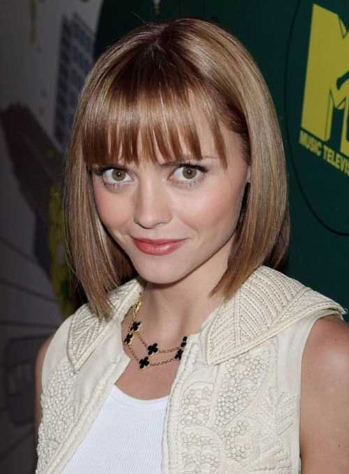 Short Bob with Bangs for Heart Shaped Faces Styles