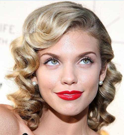 Blonde Short Curly Haircuts for Oval Faces