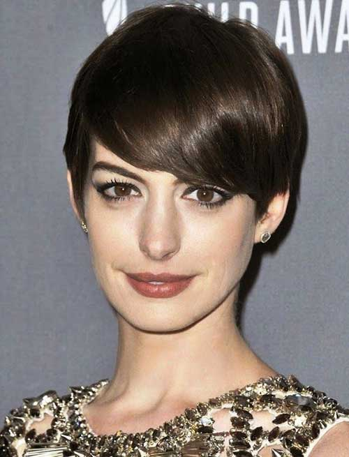Short Cute Straight Hairstyles for Thick Hair Ideas