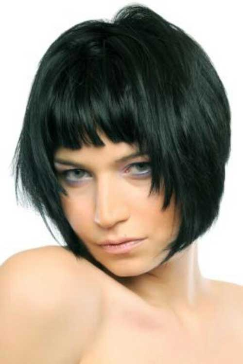 Short Bob Hairstyle With Blunt Bangs Spring