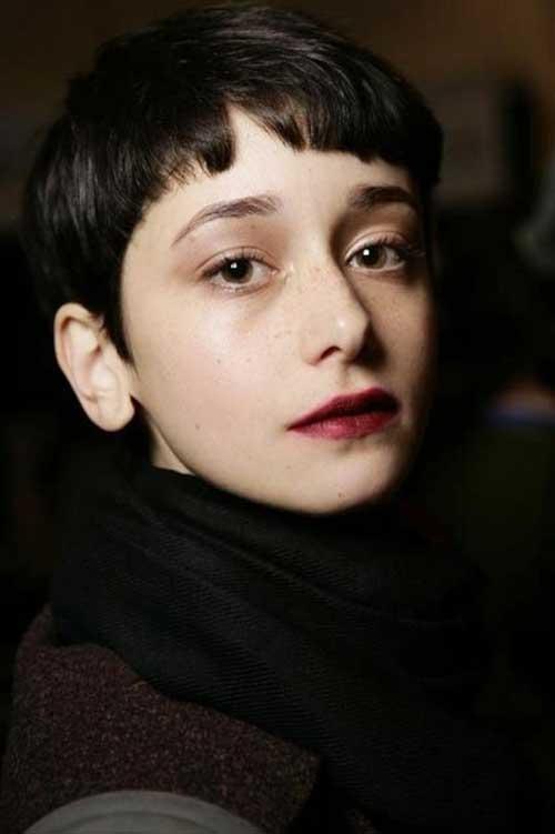 Very Short Dark Haircuts Female