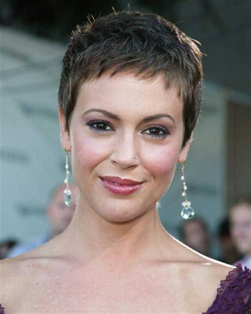 Very Short Pixie Haircuts Ideas for Women Over 50