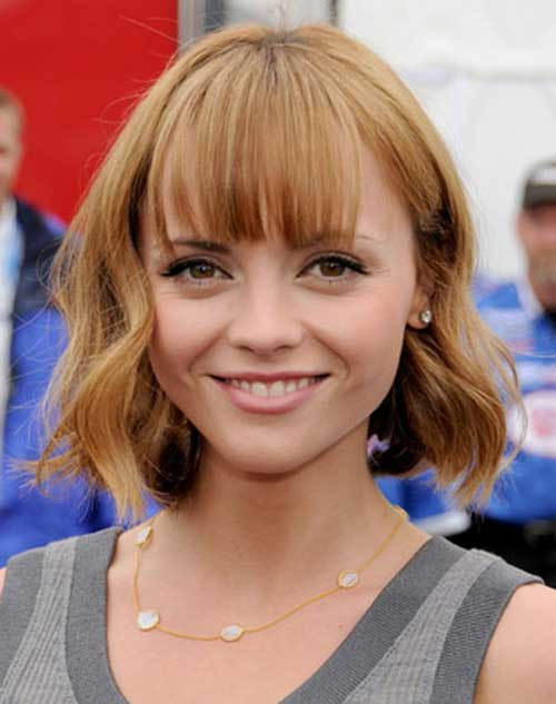 Hairstyles for Short Wavy Hair-7