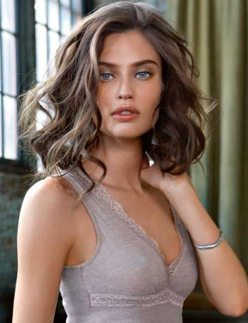 Hairstyles for Short Wavy Hair-9