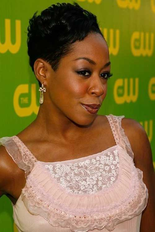 Cute Short Hairstyles for Black Women-12