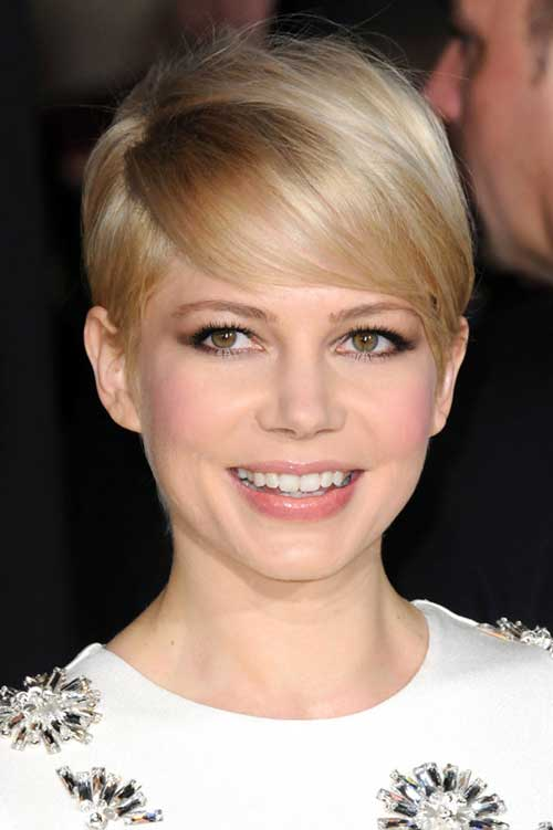 Michelle Williams gained 2 stone for Marilyn Monroe role