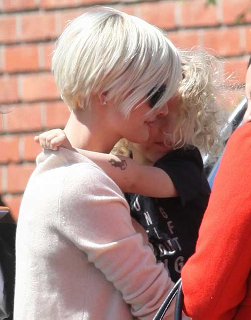 Ashlee Simpson Short Pixie Haircuts Back View