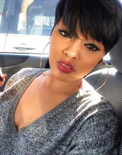 Cute Pixie Haircut for Women