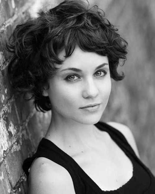 Best Cute Short Hairstyles for Short Curly Thick Hair