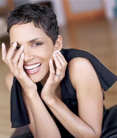 Halle Berry Very Short Layered Haircut