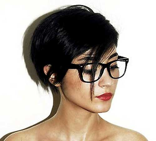 Pixie Bob Haircut for Women