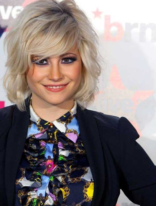 Pixie Lott Chic Short Hairstyles