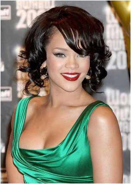 Best Rihanna Curly Bob