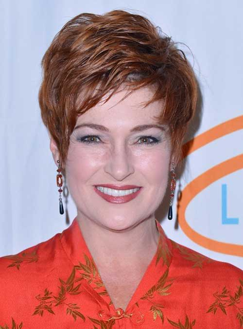 Short Layered Hair Cuts for Older Women