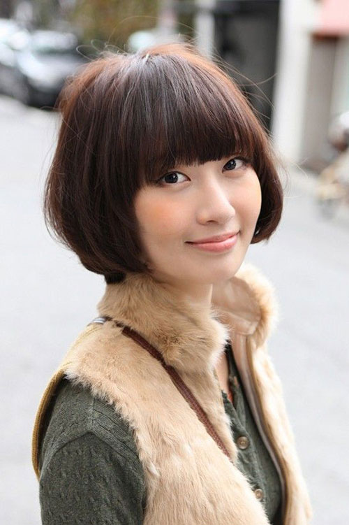 Best Asian Bob Hairstyle with Bangs