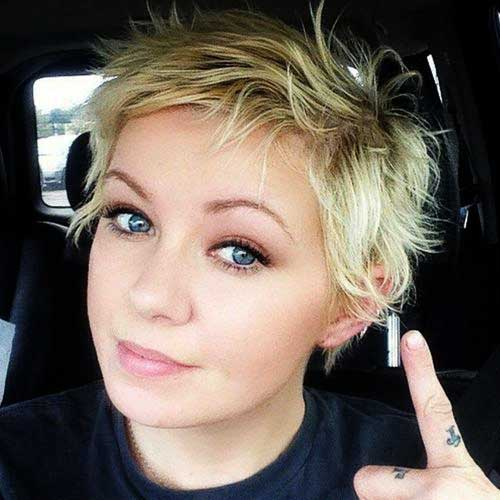 Cute Girls Messy Short Blonde Pixie Haircut