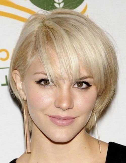 Cute Short Blonde Thin Hair Style