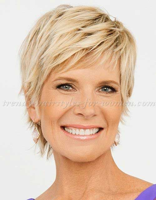 17 Gorgeous Pixie Haircuts on Women Over 50