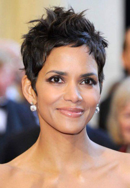 Halle Berry Short Straight Haircuts