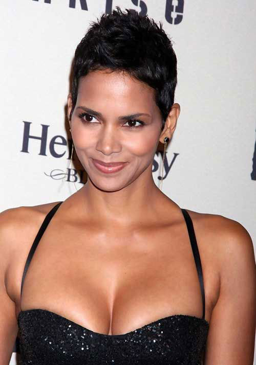 Halle Berry Simple Pixie Haircuts
