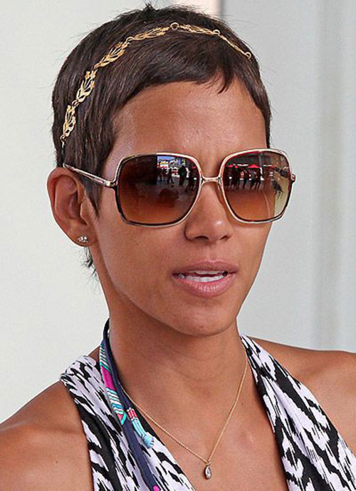 Halle Berry Super Short Hairstyles