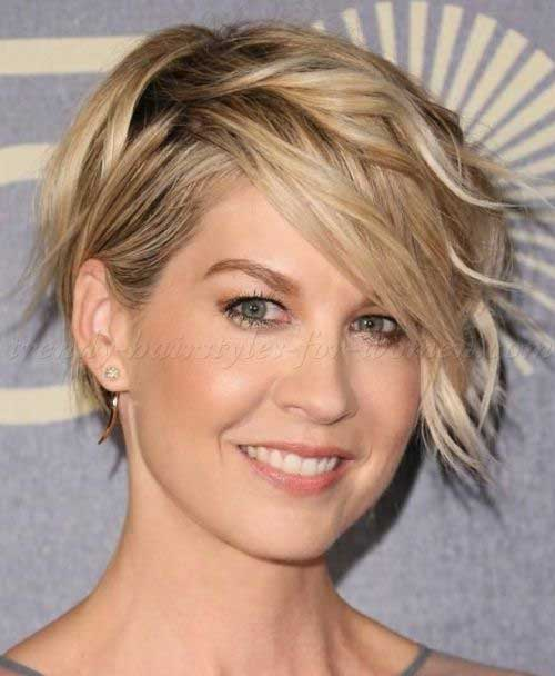 Short Haircuts For Wavy Hair The Best Short Hairstyles