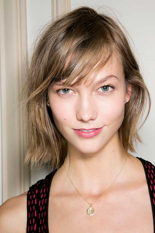 Chic Karlie Kloss Bangs