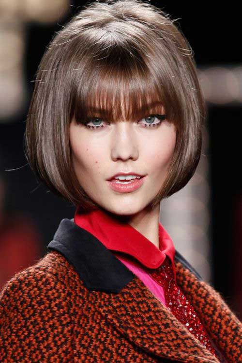 Karlie Kloss Short Bob with Blunt Bangs