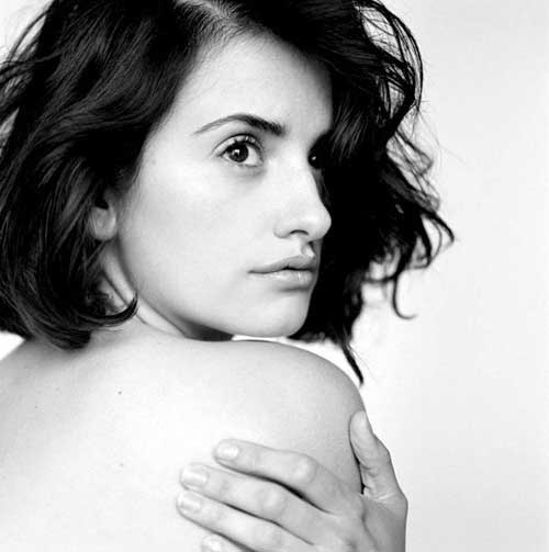 Penelope Cruz Short Wavy Hairstyles