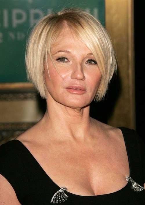 Nice Short Hair Styles for Women Over 50