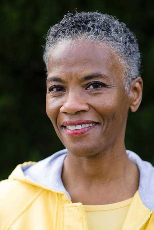 Best Short Hair for Older Black Women