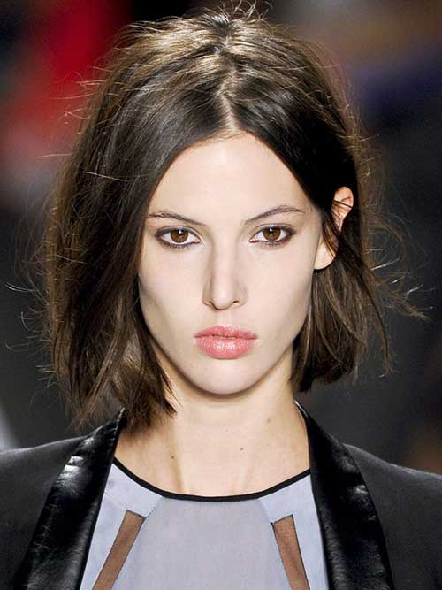 Short Hairstyles For Thick Straight Hair Feathered | Best Hairstyles ...