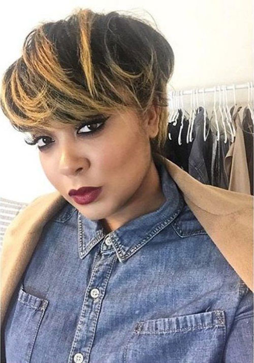 Short Straight Highlighted Hairstyles for Black Women