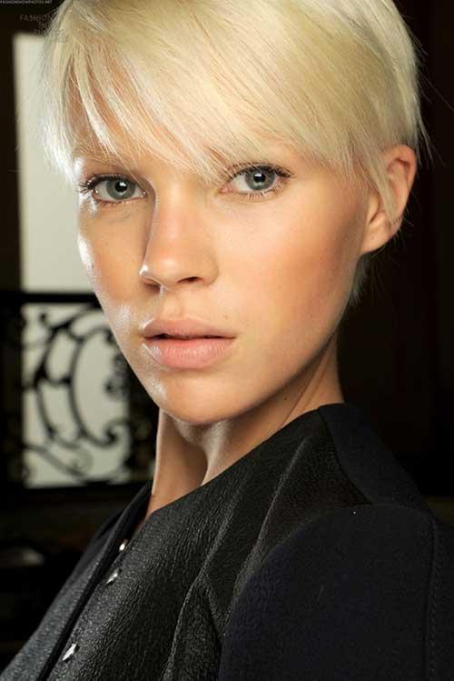 Straight Blonde Hair Medium Pixie Haircuts