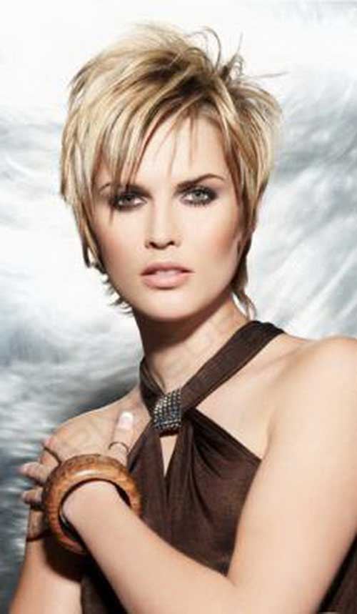 1000 images about hair cuts on pinterest asymmetrical - Coupe courte blonde ...