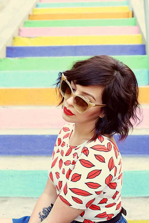 Vintage Style Short Wavy Hairstyles