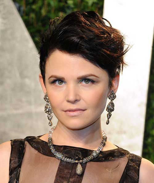 Best Wavy Pixie Hair for Round Face