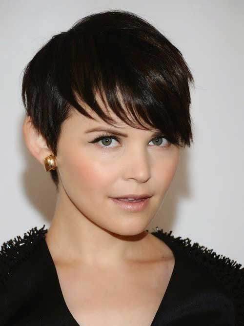 Short Straight Haircuts-10