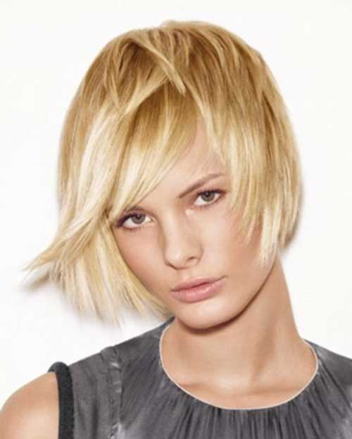 Short Straight Haircuts-12