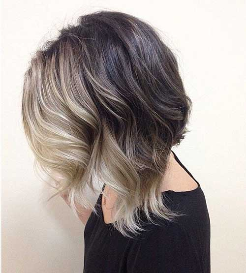 Short Haircuts for Wavy Hair-7
