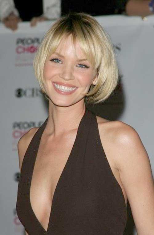 Actresses Blonde Short Bob