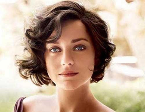 Cute Short Curly Wavy Hairstyles