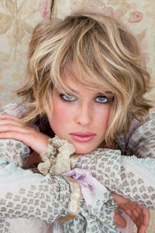 Short Thick Wavy Hairstyles 2015