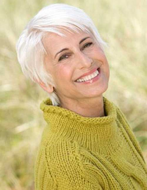 Short Haircut for Older Ladies-13