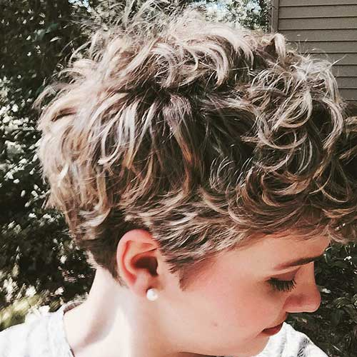 Curly Pixie Hairstyles-16
