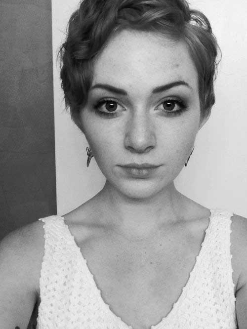 Curly Pixie Hairstyles-17