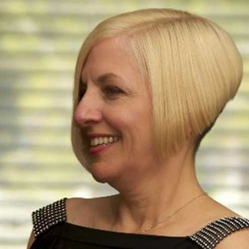 Short Haircut for Older Ladies-17
